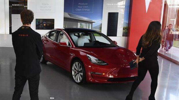 Branche profiteert van elektrische auto, maar vooruitzichten zijn somber
