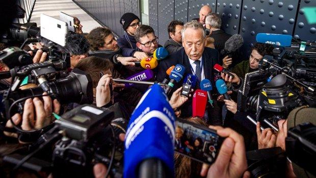 Teruglezen: eerste dag van strafproces MH17, advocaat verdachte ontkent schuld