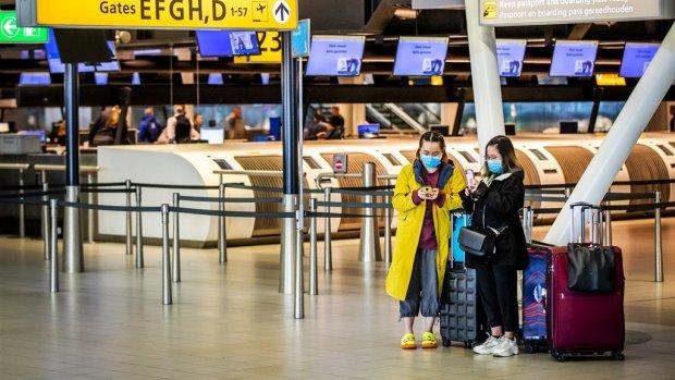 Airlines hoeven niet direct geld terug te betalen: minister knijpt oogje dicht