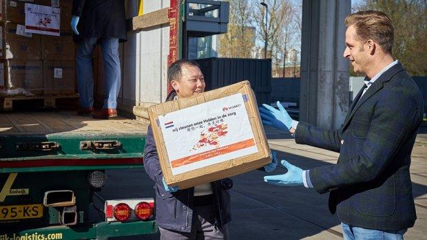 China reikt Westen helpende hand: 'Liefdadigheid en politieke tactiek in één'