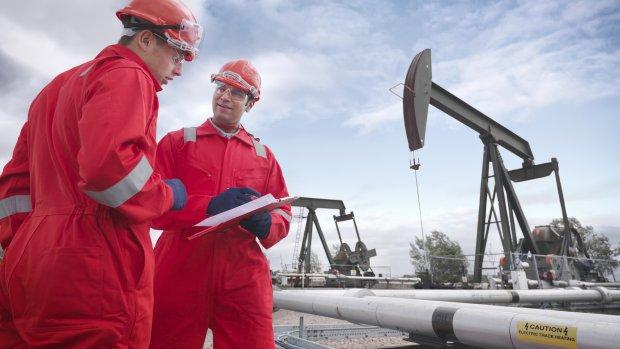 Olieprijs daalt naar laagste punt sinds 2002; tanken al vanaf 1,35