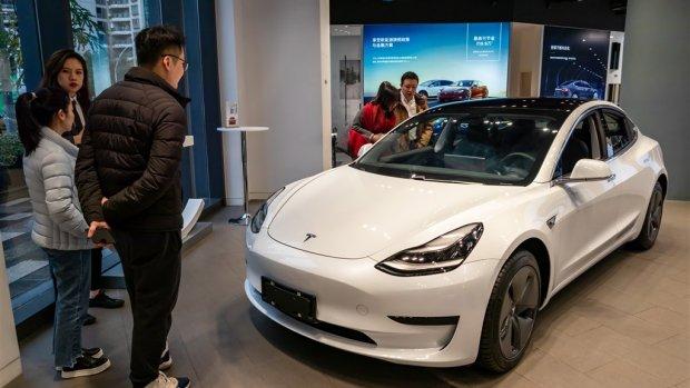 Tesla levert meer auto's dan verwacht: koers springt omhoog