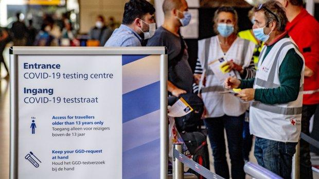 Teststraat voor reizigers Schiphol vanaf morgen gesloten