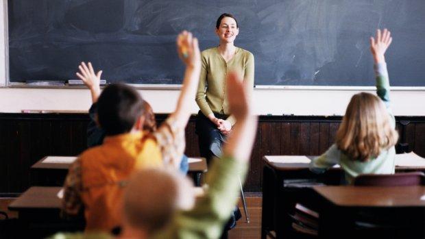 Dekker: Geen grens aantal kinderen in klas