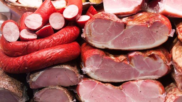 Tonnen winst: saucijsjes en gehakt onterecht verkocht als biologisch