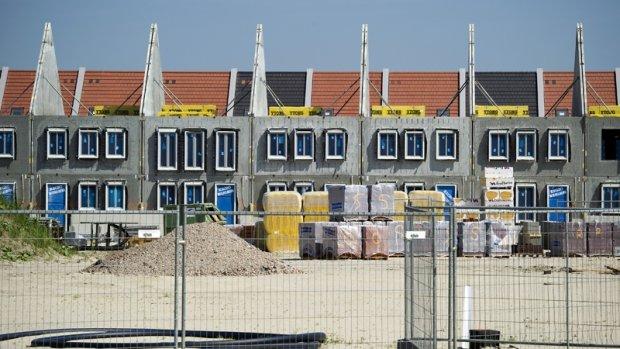 Vergunningen nieuwbouw huizen historisch laag