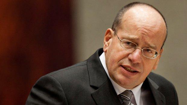 Teeven noemt nieuwe deal over illegaliteit 'zoet genoeg'