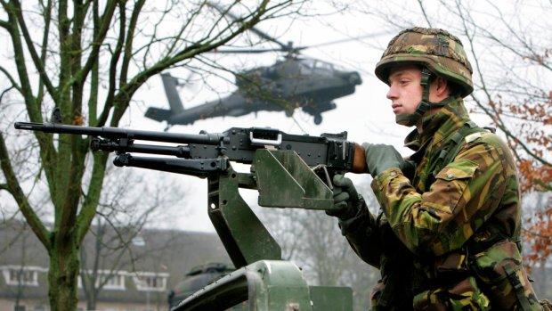 Kabinet gaat honderden miljoenen euro extra aan defensie uitgeven
