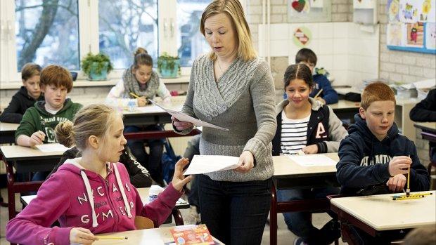 Lerarentekort op basisscholen steeds nijpender