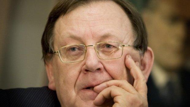 Wellink maakt beleid ECB met grond gelijk: kamikazepiloten