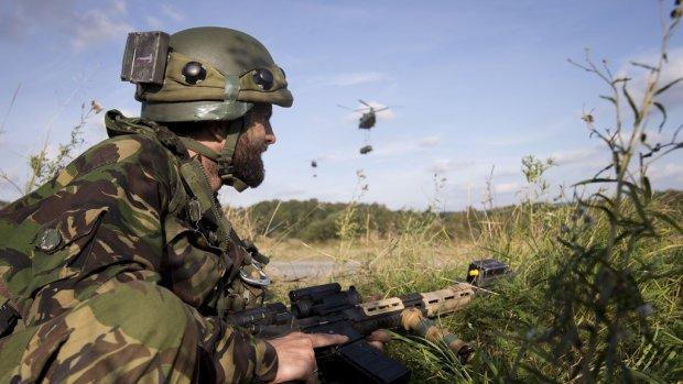 Rapport: Defensie doet weinig tegen pesten en intimidatie