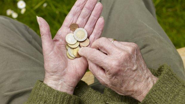 Eenderde van de 65-plussers wil niet digitaal bankieren