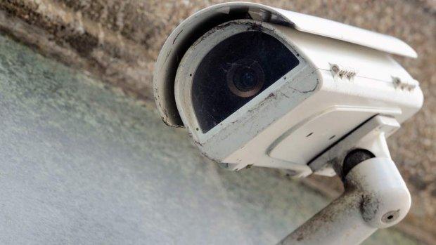 Politie kon jarenlang onterecht Amsterdamse camera's bekijken