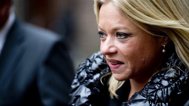 Hennis: Telefoonverkeer Nederlanders niet getapt