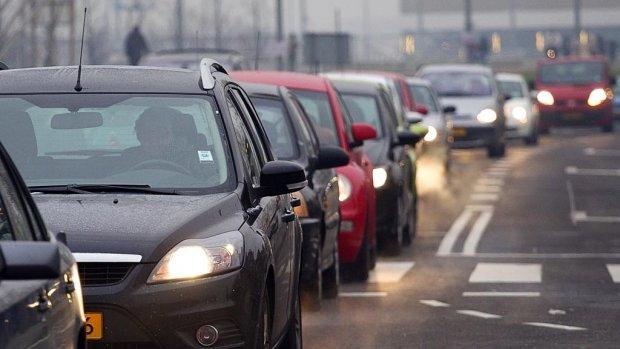 'Hacker kan op afstand motor auto uitschakelen'