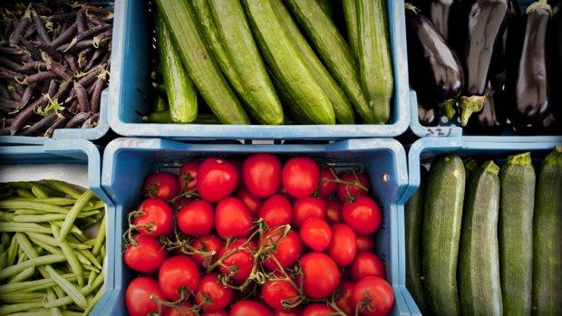Een broccoli van één euro levert de boer drie cent op
