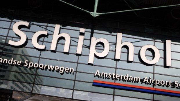 Vliegtaks: Schiphol dreigt met stop investeringen