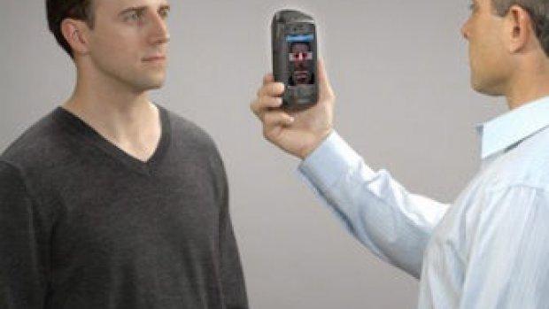 Big Brother iPhone-case herkent je via biometrie