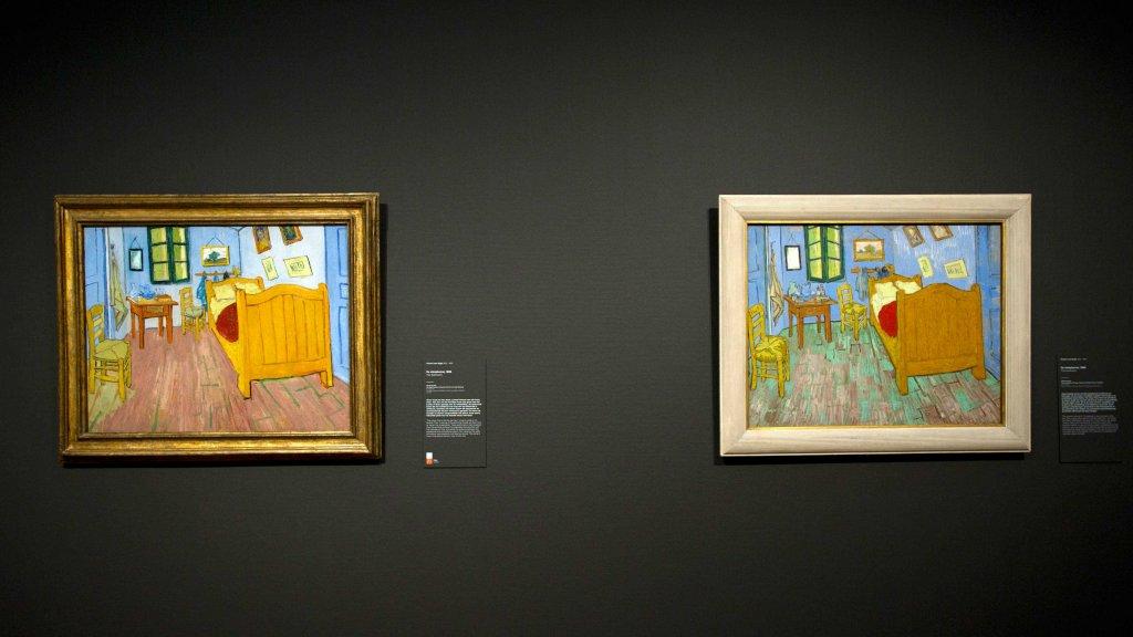 Weer samen: twee versies van De slaapkamer van Van Gogh | RTL Nieuws
