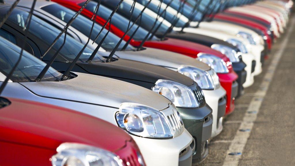 Auto Verkopen Garages Staan Erom Te Springen Rtl Nieuws