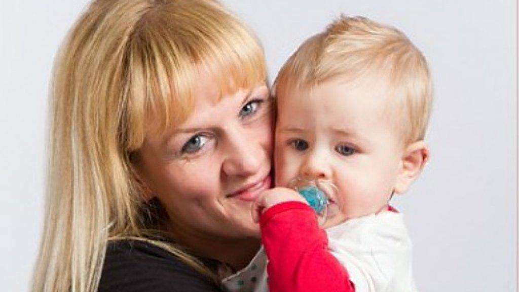 Lesbische moeder met meisje