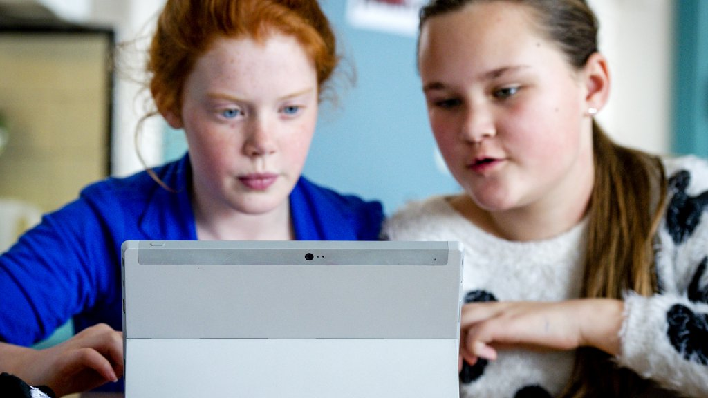 Tablet Op School Maakt Kind Slimmer Rtl Nieuws