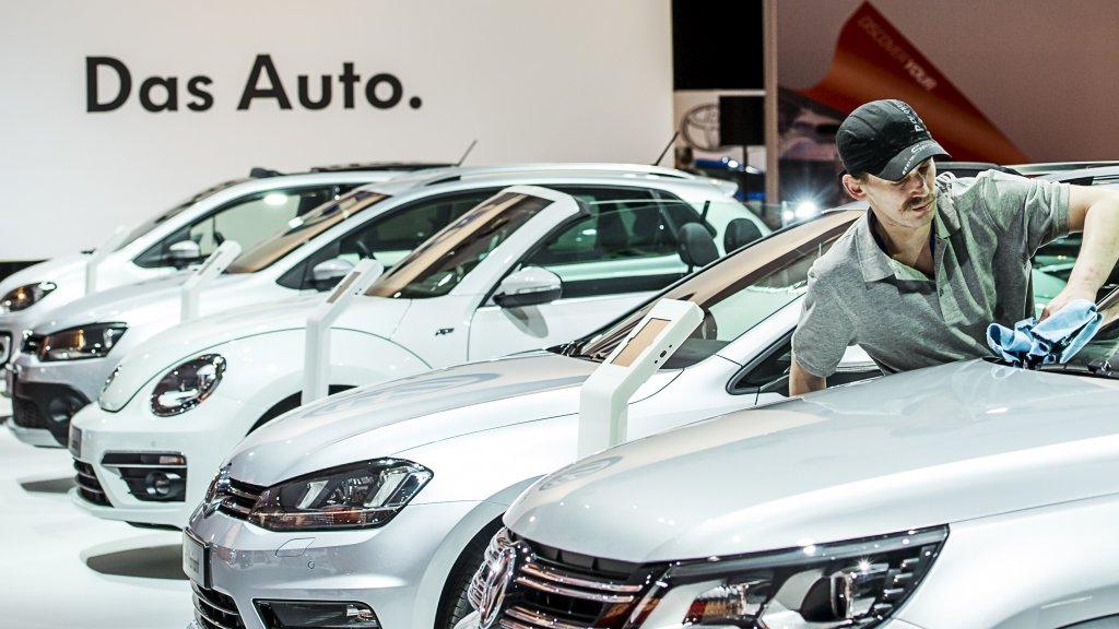 Duitse Autofabrikanten Roepen 630 000 Auto S Van Vijf Merken Terug