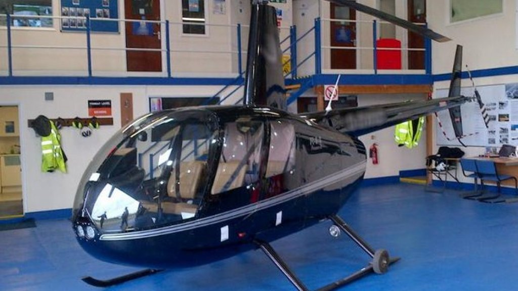 Nederlanders Droppen Drugs Uit Helikopter Boven Engeland Rtl Nieuws