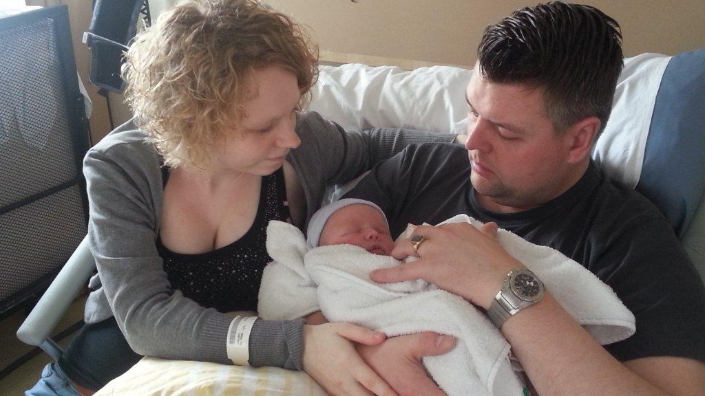 7a46c90ee50 Baby Janou sterft na een helse bevalling waarbij van alles misgaat ...