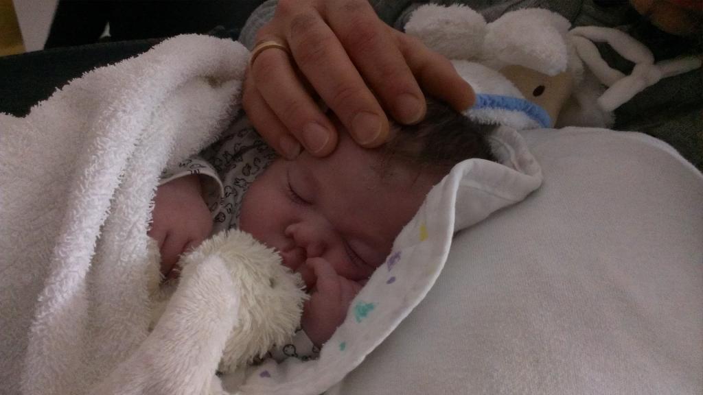 Baby Luna stierf tien dagen na haar geboorte.
