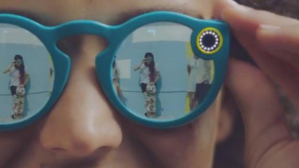 5e66395a925751 Eerste beeld van Spectacles Beeld © Snap   YouTube