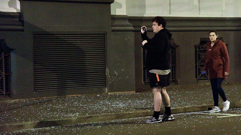 Zeker Twee Doden Na Aardbeving Nieuw-Zeeland
