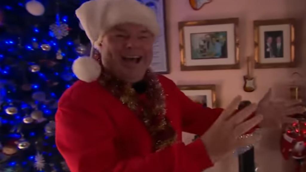Brit Viert Elke Dag Kerst Het Leven Zonder Is Zinloos Rtl Nieuws