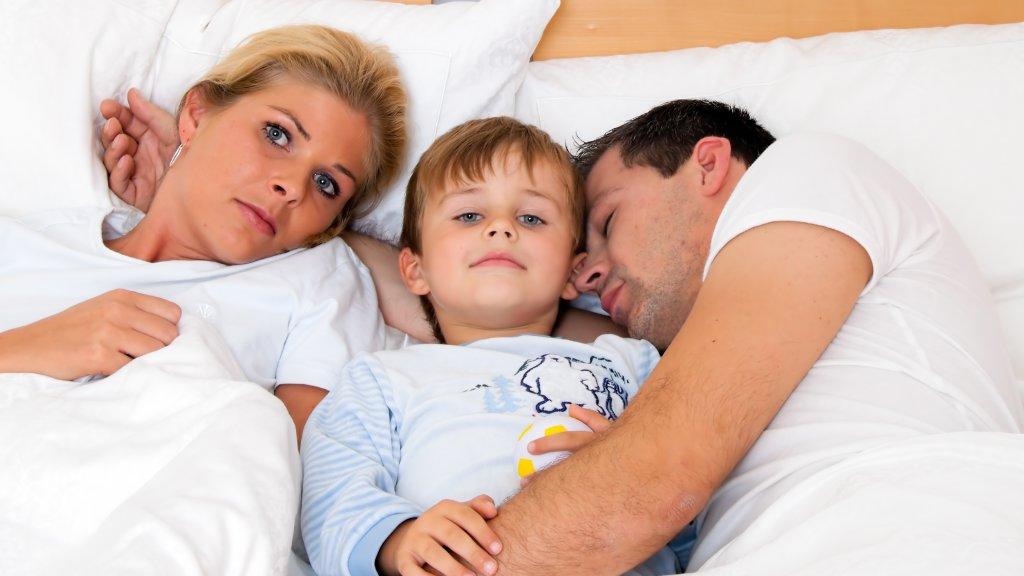 6b53e379a96 Kinderen zorgen voor minder nachtrust, maar dan wel alleen bij ...