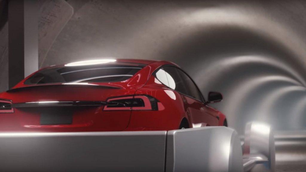 Musks Boring Company schiet auto's op hoge snelheid door tunnels