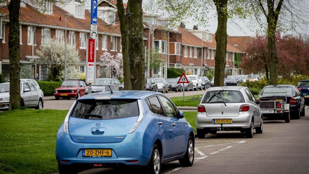 Met Nieuwe Accu 1000 Kilometer Elektrisch Rijden Rtl Nieuws