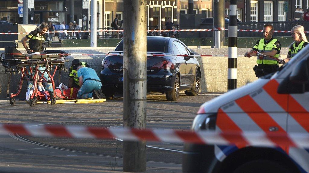 Twee gewonden bij botsing Koekange.