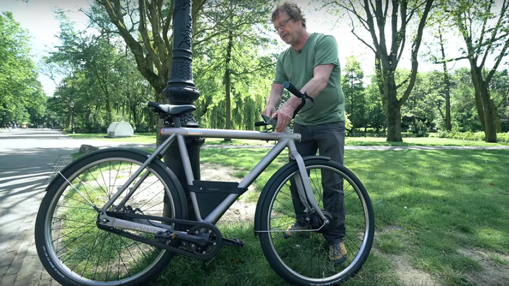 uitpakparty nieuwe e bike vanmoof met turboboost bright. Black Bedroom Furniture Sets. Home Design Ideas