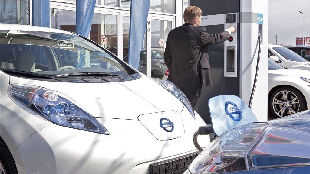 Verkoop Elektrische Auto S Stijgt Maar Aantallen Blijven Klein Rtlz