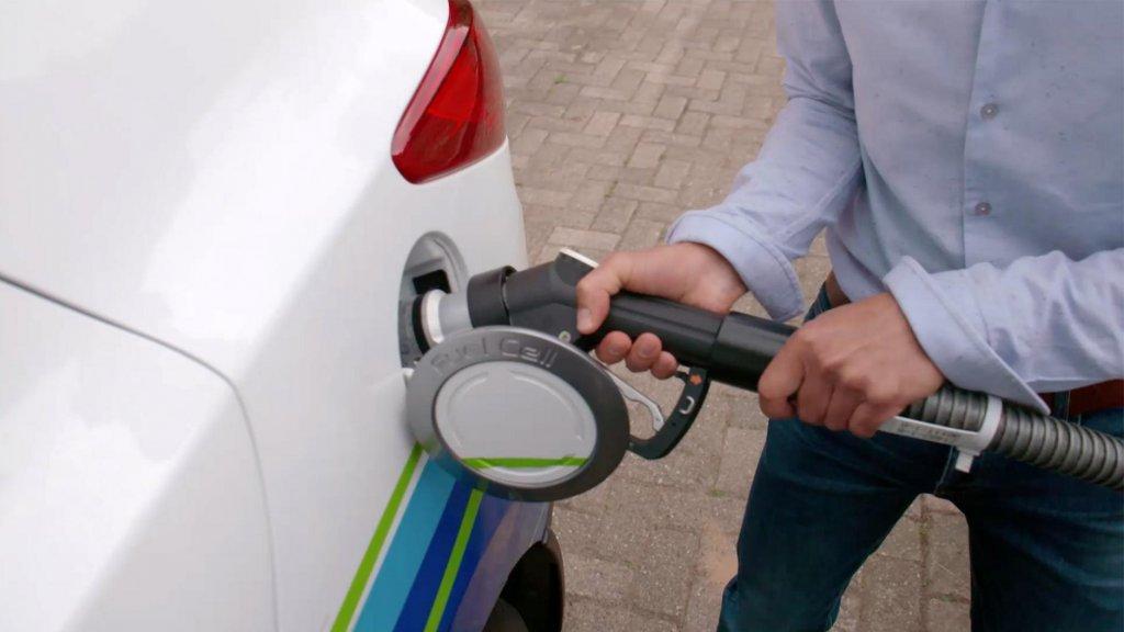 Opmars Van De Waterstofauto Niet Te Stoppen Maar Tanken Kan Nog