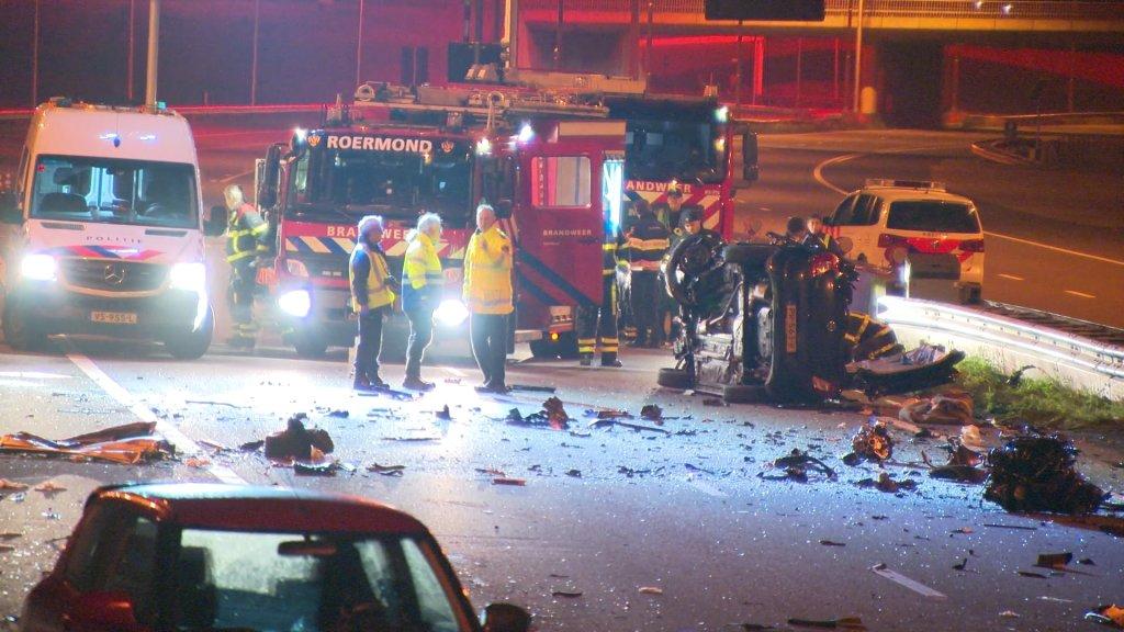 Twee doden bij ongeluk op A73 door spookrijder.