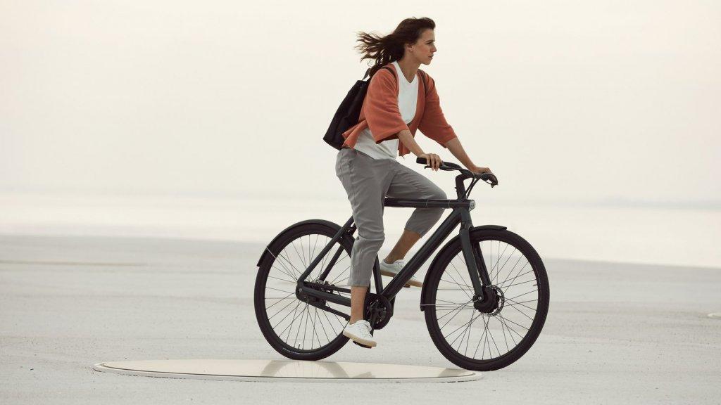 nieuwe e bikes vanmoof hebben slot in achternaaf bright. Black Bedroom Furniture Sets. Home Design Ideas