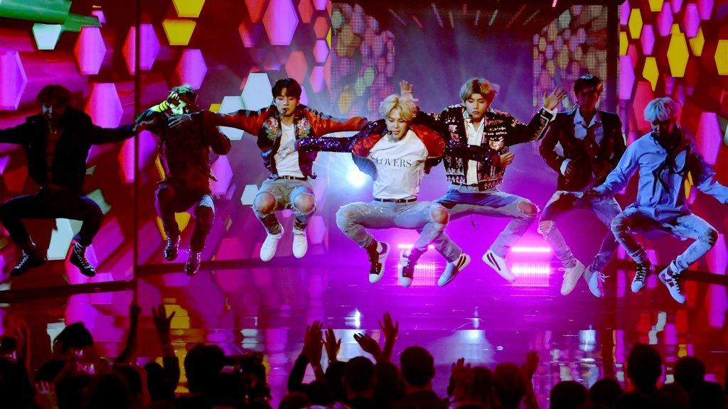 Ongekend Alleen met begeleiding naar boyband BTS in Ziggo Dome: 'Leed is MT-22