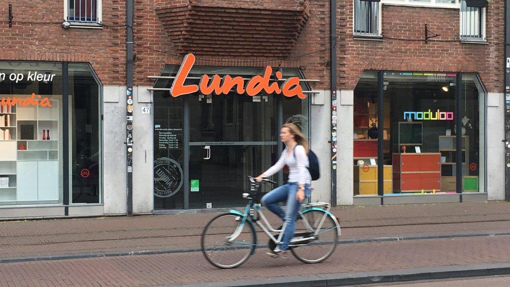 Verwonderend De ondergang en wedergeboorte van de iconische kastenbouwer Lundia WL-75