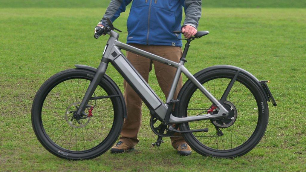 getest deze snelle e bike is zo duur als een kleine auto. Black Bedroom Furniture Sets. Home Design Ideas
