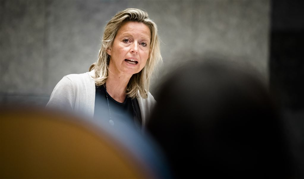 Minister Kajsa Ollongren van Binnenlandse Zaken. (Tekst gaat door onder foto)