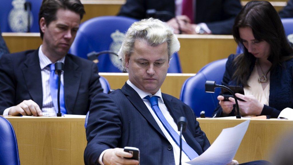 Geert Wilders mag als eerste spreker van start.