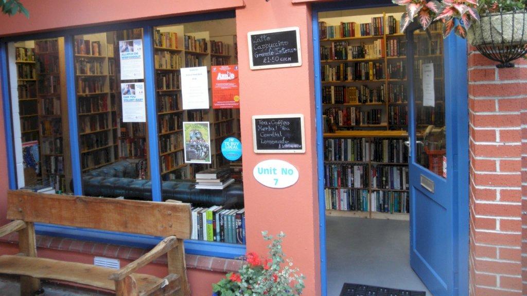 Nederlandse Ceisjan is nieuwe eigenaar boekwinkel in Wales na loterij