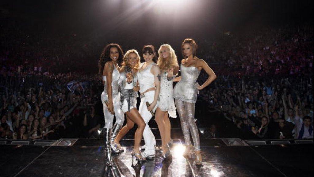 De Spice Girls tijdens hun comebacktour in 2008.
