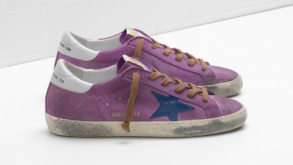 fca33d51551 Luxe modemerk verkoopt 'kapotte' schoenen voor bijna 500 euro | RTL ...